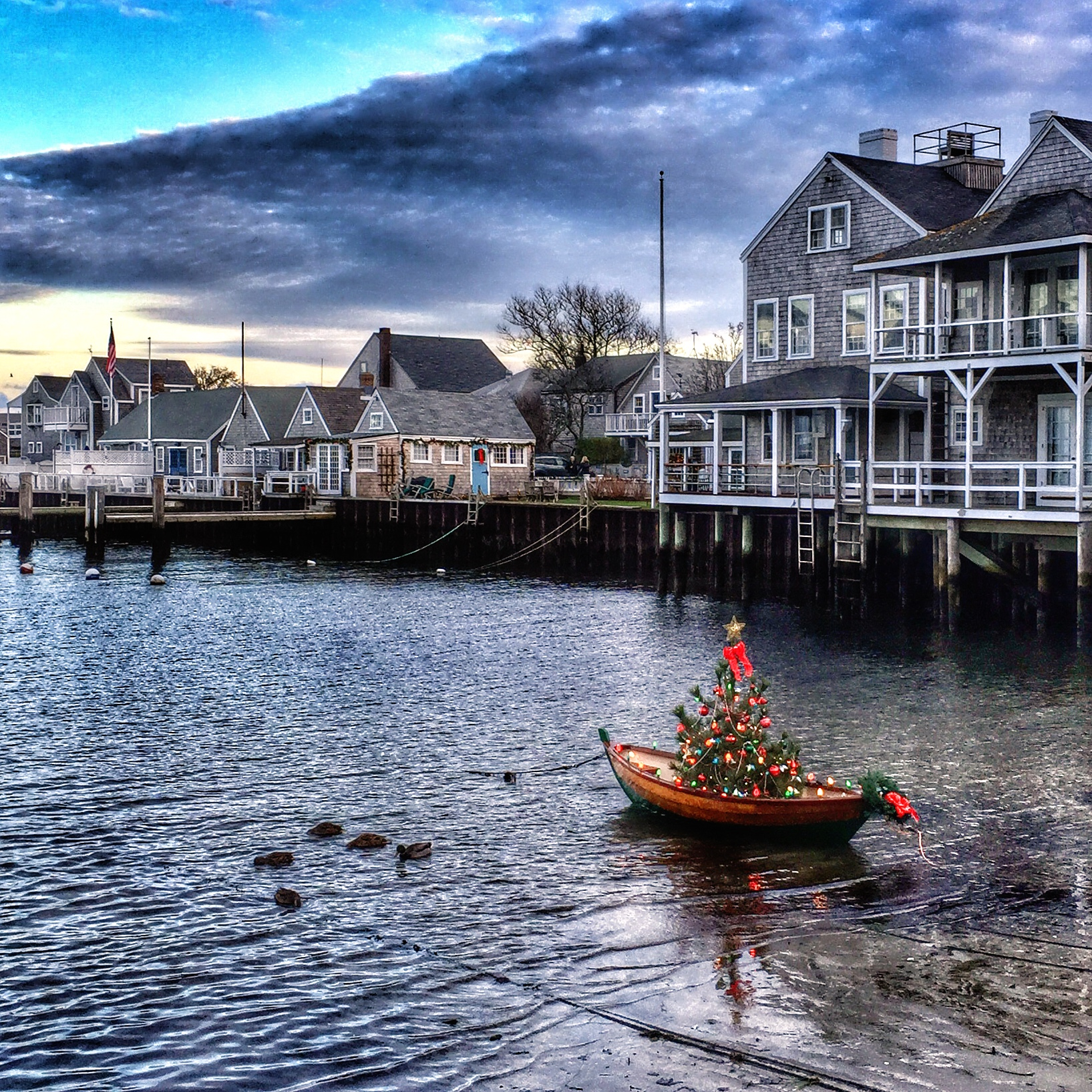 the-alyst.com, nantucket christmas stroll