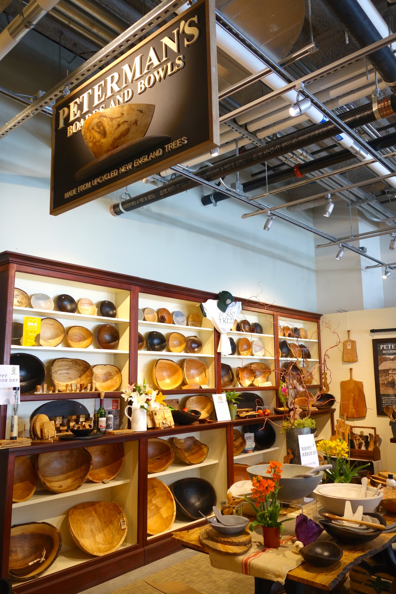 boston public market, peterman's boards and bowls, the-alyst.com