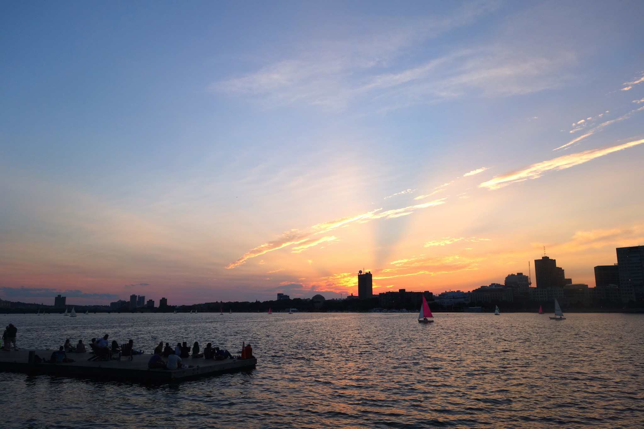 best places to watch the sunset in boston, charles river esplanade, the-alyst.com