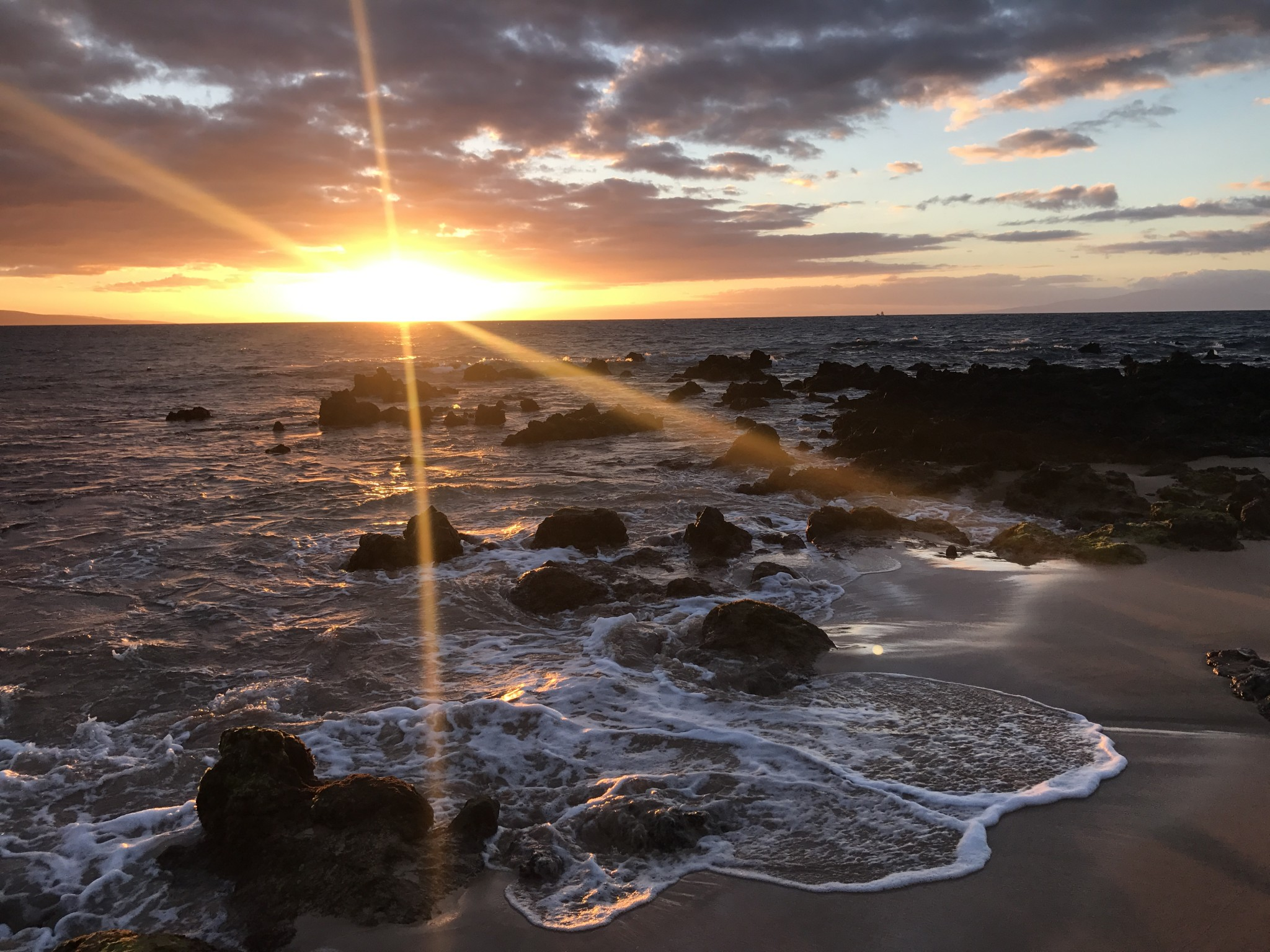 keawakapu beach sunset, maui, the-alyst.com