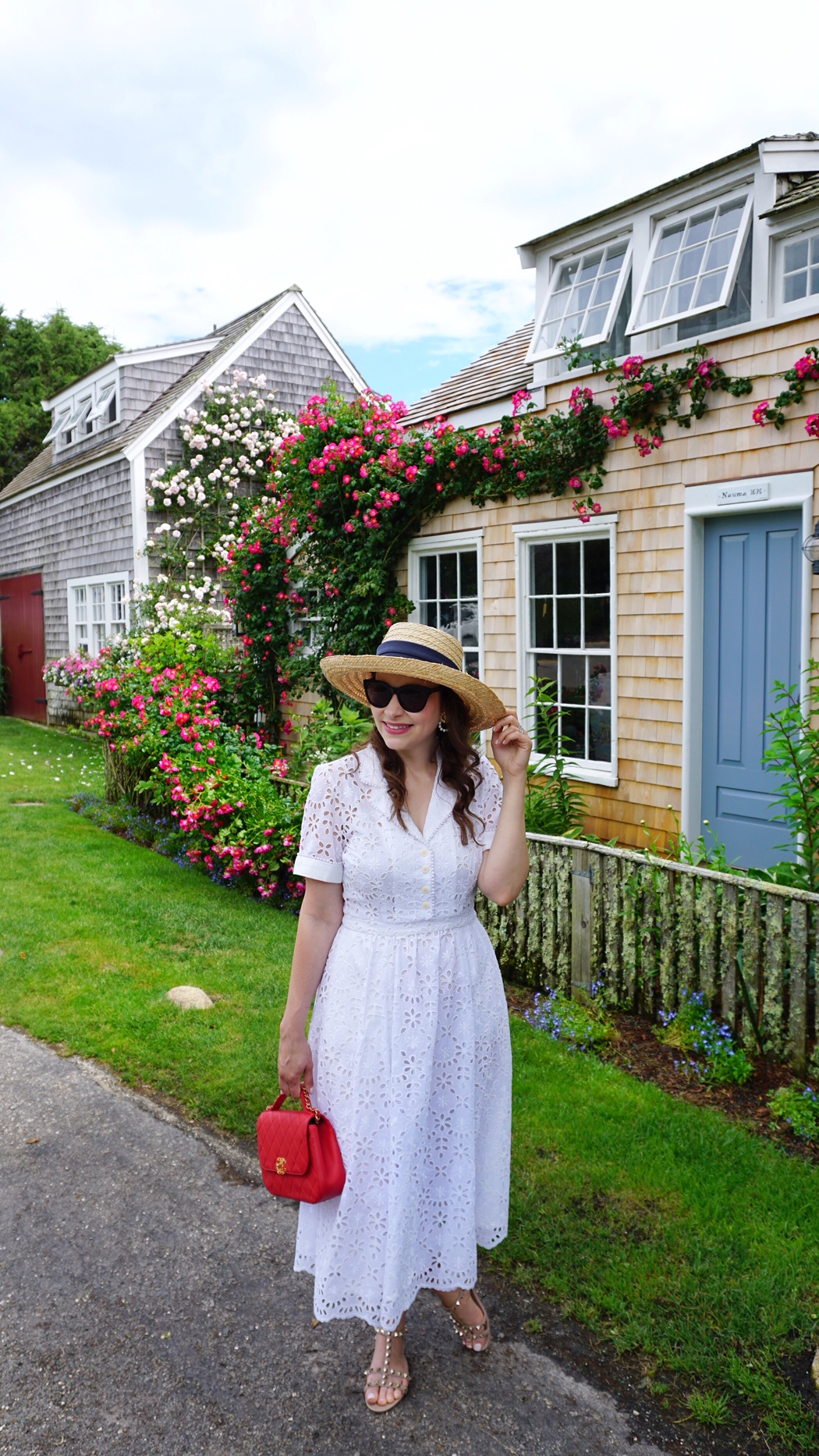summer dresses, eyelet dress, sconset , siasconset nantucket, the-alyst.com