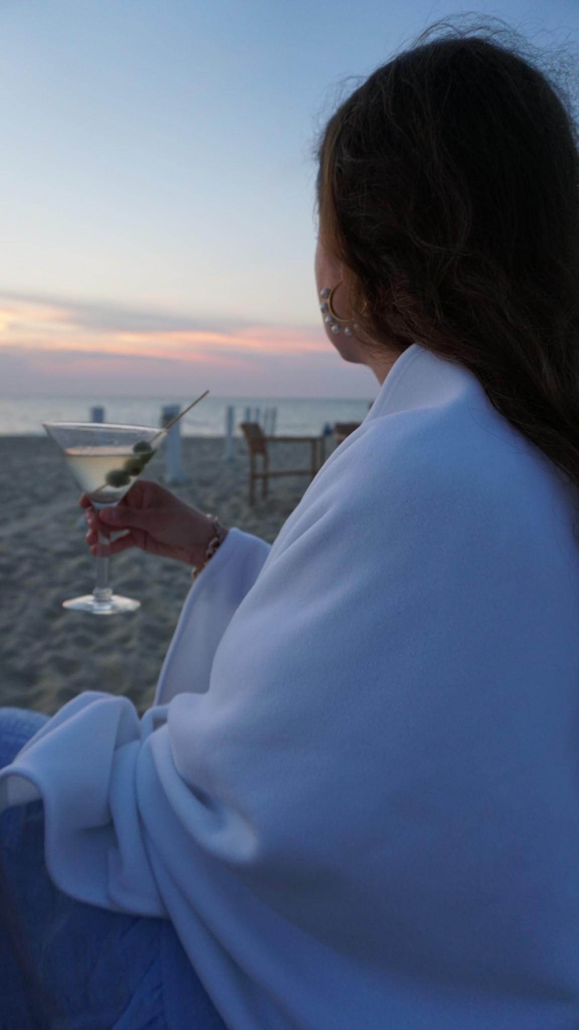 DUDLEY STEPHENS, sunset galley beach, nantucket, the-alyst.com